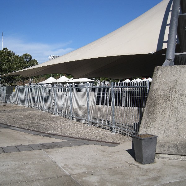 EventaFence® removable fencing is designed to blend in with the aesthetics of concourse areas like the Sydney Homebush entertainment precinct.