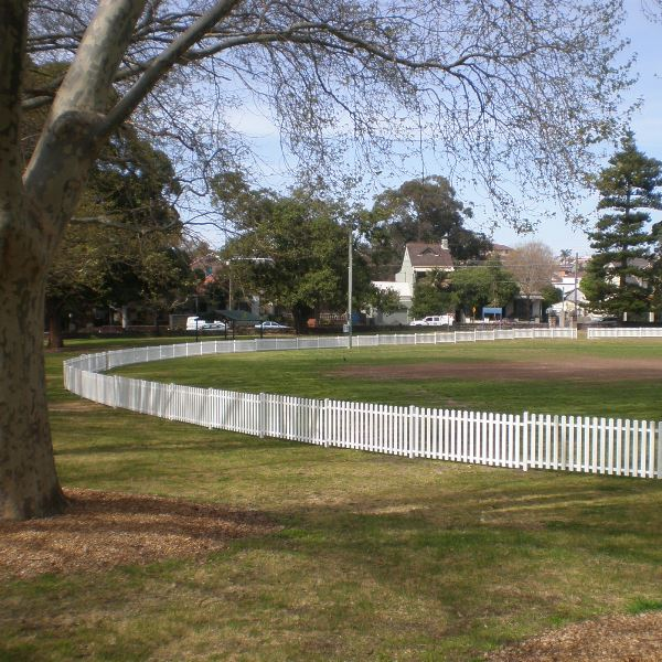 Bluedog Headingly® steel picket fencing installed at Arncliffe Oval Rockdale transformed the open space area.