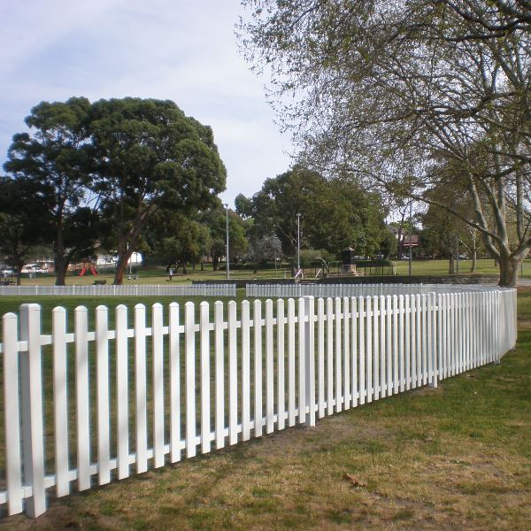 Headingly® steel picket fencing 900mm high with a 'moon' picket top in a pearl white finish around Arncliffe Oval, Sydney.