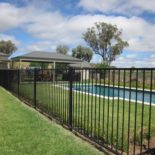 Pool'n Play® Pool Fencing