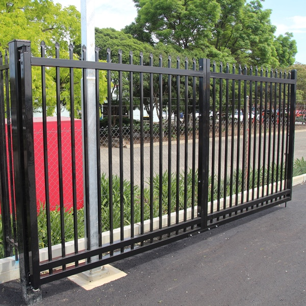 SecuraTop Max ® tubular security gates use a 65x65 steel  rail and stile for increased strength and rigidity combined with our Eternity hinges.