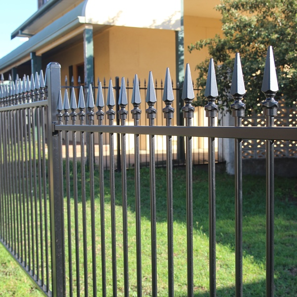 Smart'nSafe® powder coated tubular steel fencing in a level Carthage spear style with a night sky black powder coated finish.