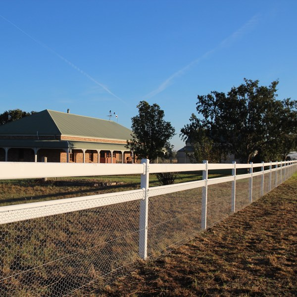 The post and rail fence system is suitable for hobby farms, horse studs or as a vehicle barrier around sports ovals and parks.